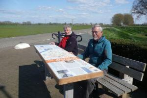 Geert Bouwman en Geert Tijssen, vrijwilligers van de werkgroep Ommetje Steenoven en Hofstedepad